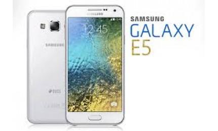 Thay kính cảm ứng SAMSUNG E5