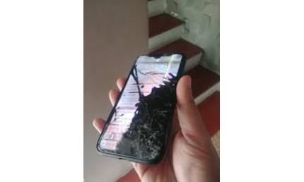 Bể màn hình iphone x thay ở đâu chất lượng